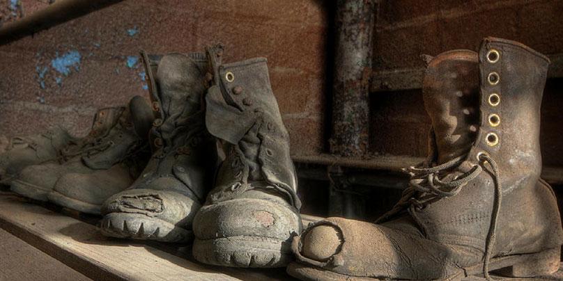 Giày bảo hộ thường hỏng ở đâu trước