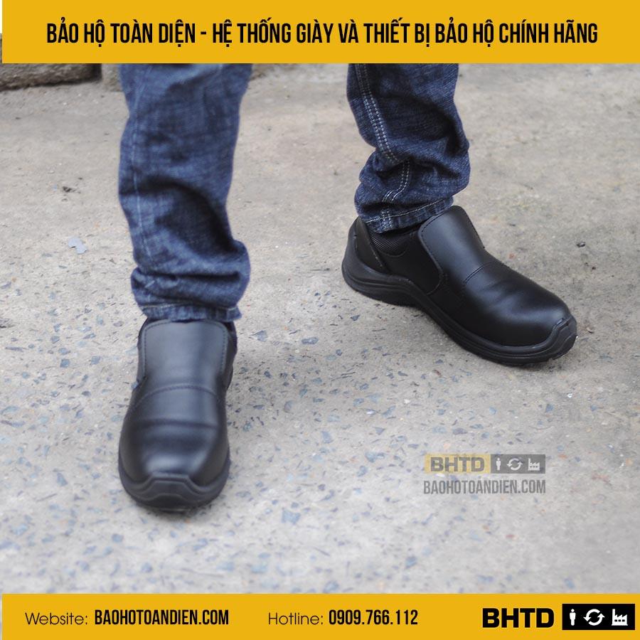 Giày bảo hộ không dây cho bếp