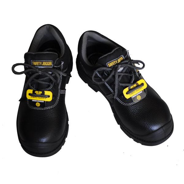 Cách buộc dây giày đẹp, không sợ bị tuột