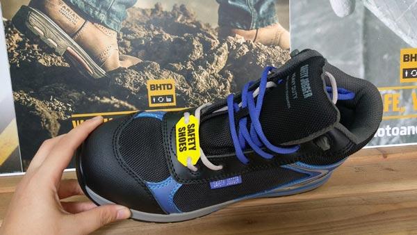 Giày bảo hộ Jogger Toprunner nổi bật với thiết kế độc đáo, nhẹ và linh hoạt