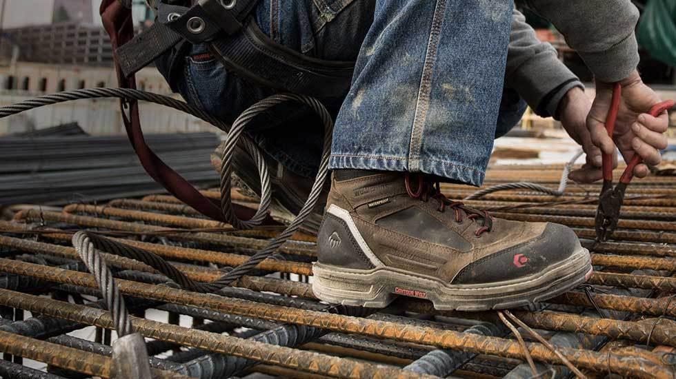 Giày bảo hộ dùng lâu bị hư lớp lót trong