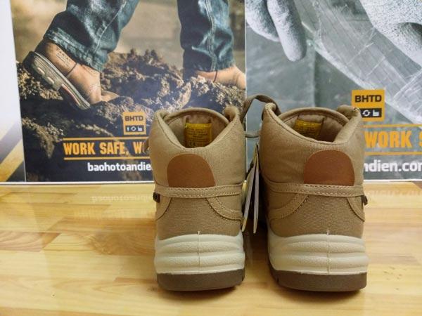 Phía sau giày bảo hộ thời trang Jogger Desert chính hãng