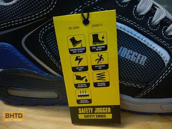 Miếng tag thể hiện những tính năng của giày SJ Raptor